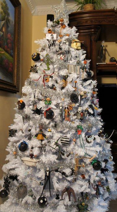 15 Amazing Christmas Trees Design 5