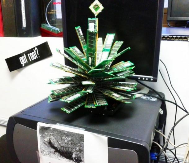 15 Amazing Christmas Trees Design 9
