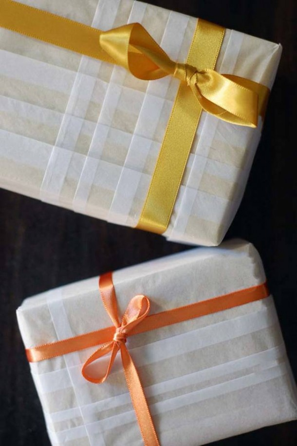 15 DIY Gift Wrap Ideas14