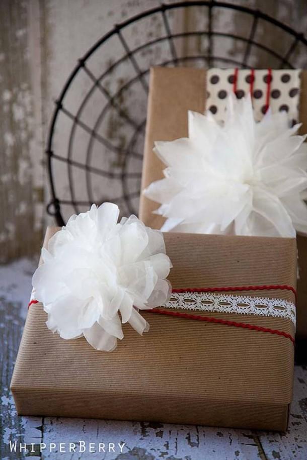 15 DIY Gift Wrap Ideas6