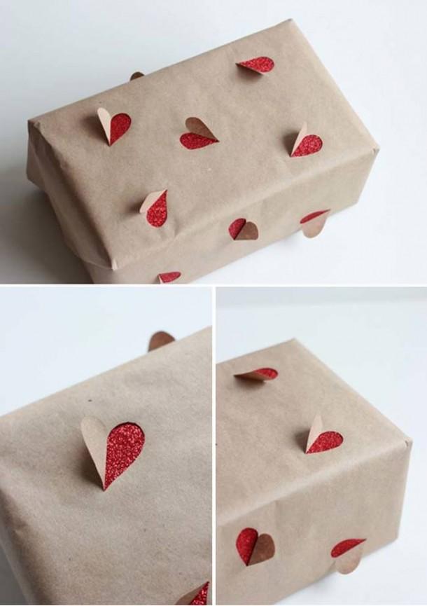 15 DIY Gift Wrap Ideas9