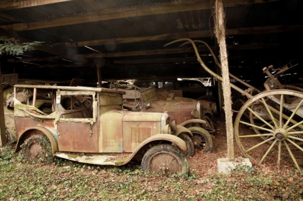60 Rare Cars Found after 50 Years in a Barn in France 12