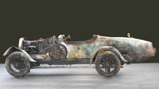 60 Rare Cars Found after 50 Years in a Barn in France 44