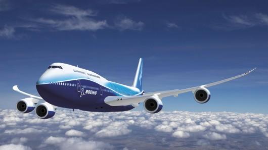 Boeing Airliner Flies on Green Diesel