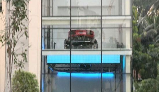 Hamilton Scotts – Park Cars in Apartment 3