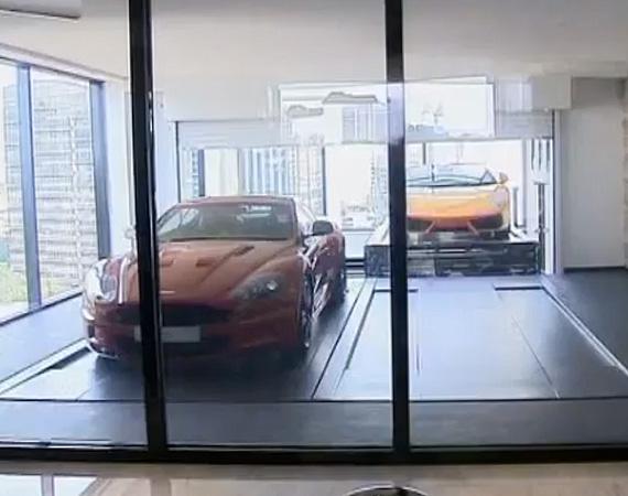 Hamilton Scotts – Park Cars in Apartment 4