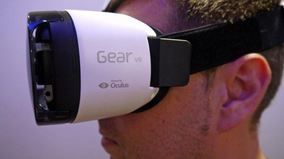 Samsung Gear VR Headset 2