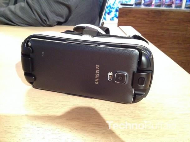 Samsung Gear VR Headset 3