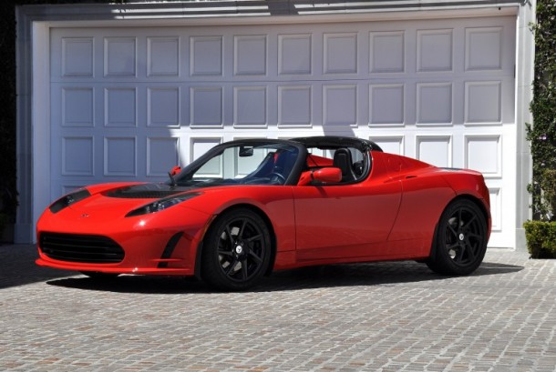 Tesla's Roadster 3.0 Capable of Running 400 Miles on a Single Charge3
