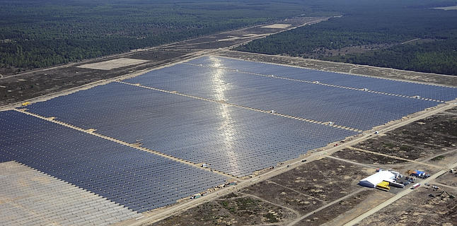 An arial view shows the Lieberose solar farm in Turnow-Preilack