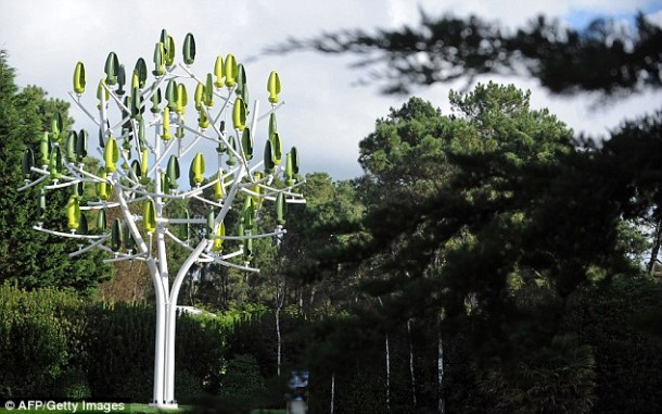 Wind Tree - Electricity on tree4