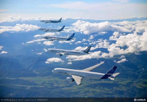 Airbus Formation Flying A350 XWB planes 2