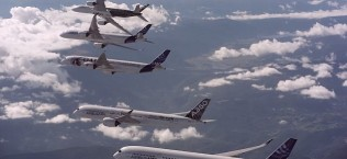 Airbus Formation Flying A350 XWB planes 6
