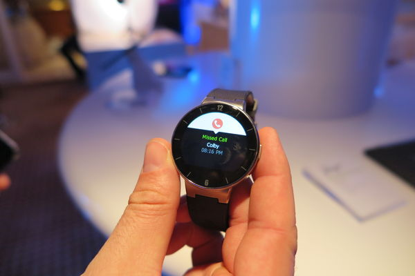 Alcatel OneTouch Watch for iOS and Android4