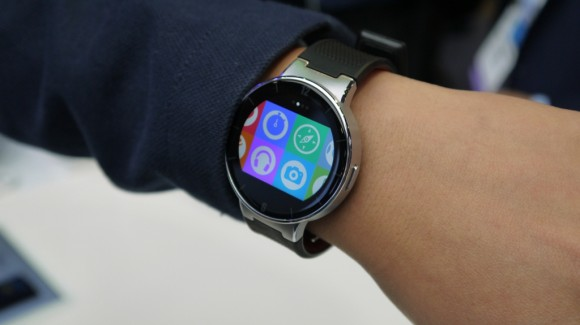 Alcatel OneTouch Watch for iOS and Android5