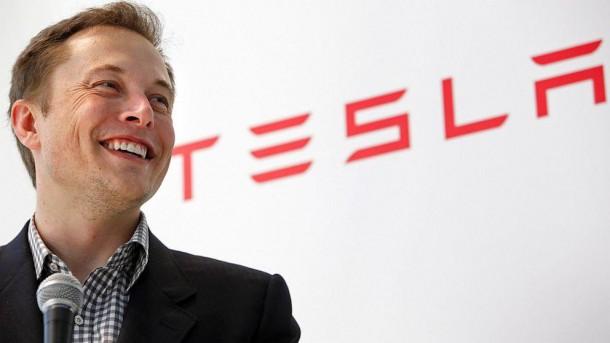 Elon Musk Talks about Space Internet6