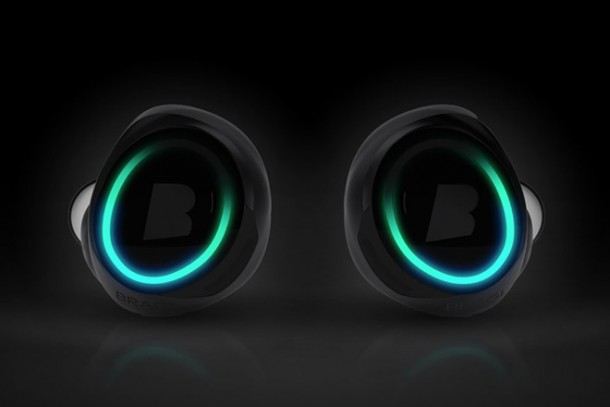 The Dash – Wireless Earphones and Fitness Tracker2
