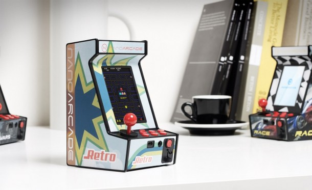 World's Smallest Arcade Game System - Nanoarcade3