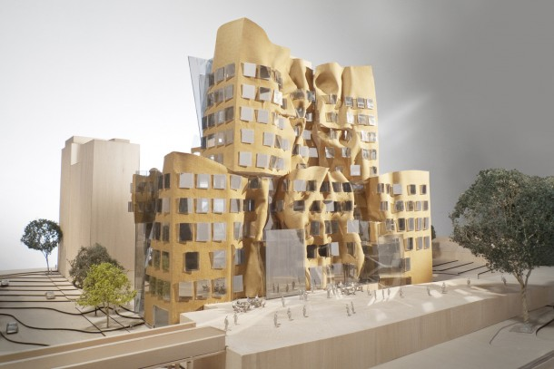 FRANK GEHRY UTS BUILDING