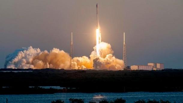 DSCOVR Falcon 9 – Third Time's a Charm2