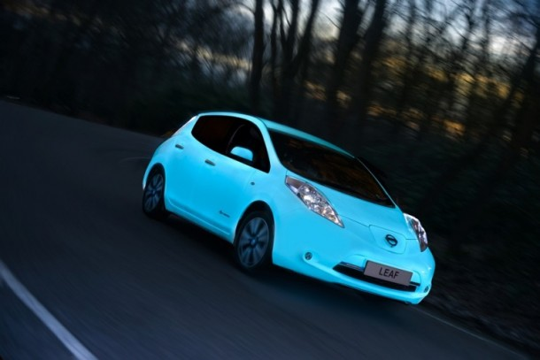 Nissan Glow-in-the-dark Electric Leaf is Amazing2