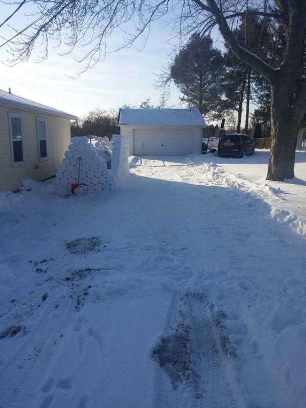 Snow Prank – Constructing an Igloo13
