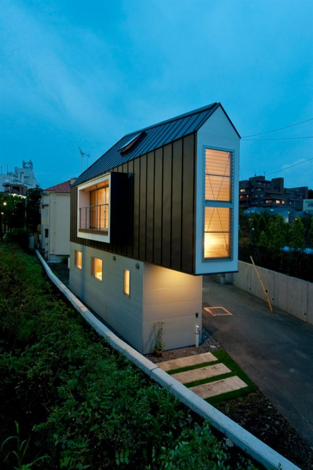 Tiny Triangle House has Surprises Inside it14