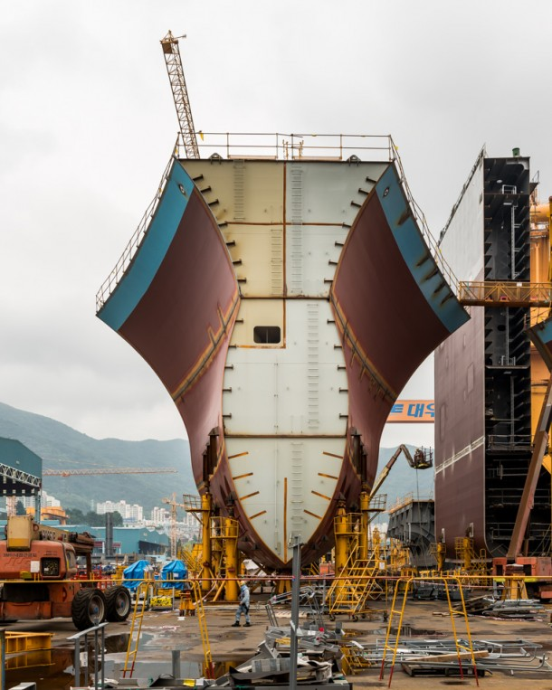 World's Largest Ship being Constructed in South Korea2