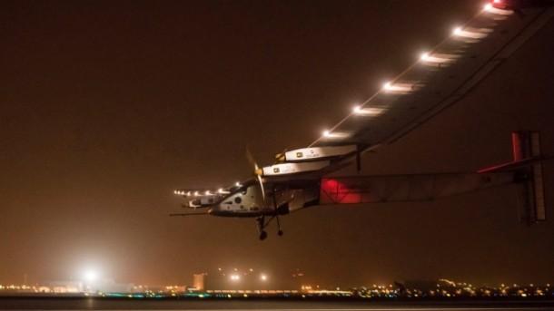 Solar Impulse 2 – Solar Powered Aircraft Takes off 3