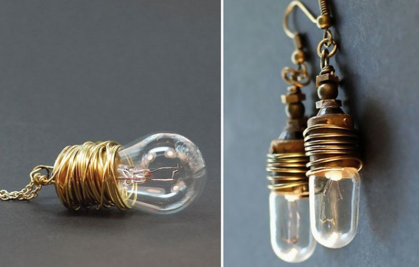 Fancy Uses of Old Lightbulbs 10