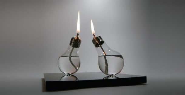 Fancy Uses of Old Lightbulbs 9