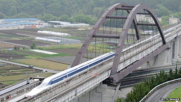 Maglev Train Sets and Breaks its Own Record in Japan Within a Week 4