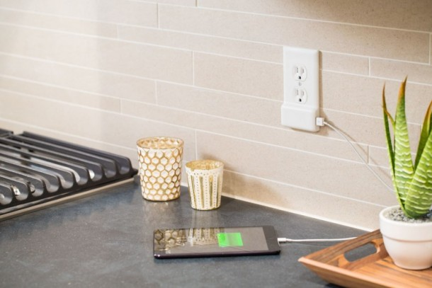 SnapPower charger Converts any Wall Outlet into a USB Charger 2