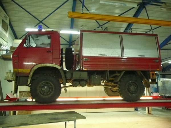 German Guy Buys Old Fire Truck From Junkyard. What He Turns It Into Is Worth A Million Dollars