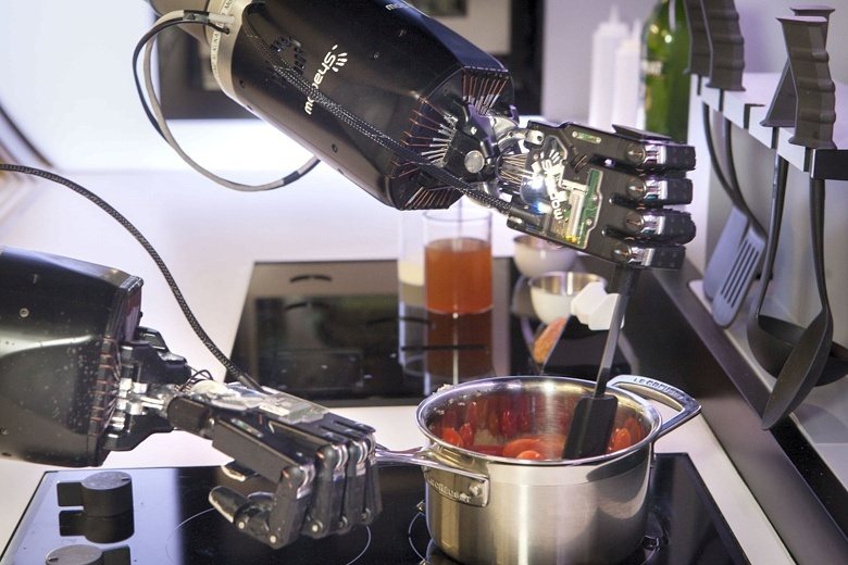 The Automated Kitchen Sports a Robot Chef 5