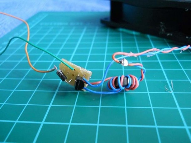 Amazing DIY Charger For Your Smartphone 4