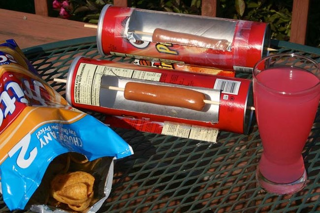 DIY Solar Hot Dog Cooker 9