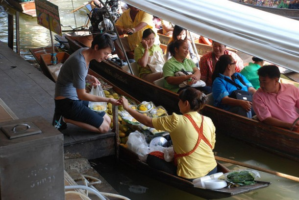 You'll Need A Bag And A Boat For This Market In Thailand 5
