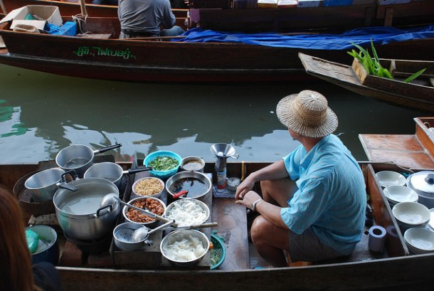 You'll Need A Bag And A Boat For This Market In Thailand 9