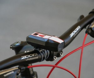 Byxee Keeps Cyclists Safe By Scanning Road Ahead of Them 2