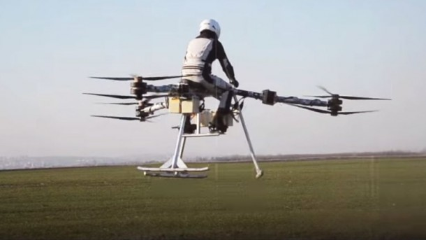 Flike personal tricopter Completes First Manned Flight 4