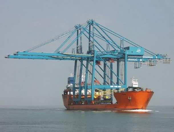 Heavy Lift ships16