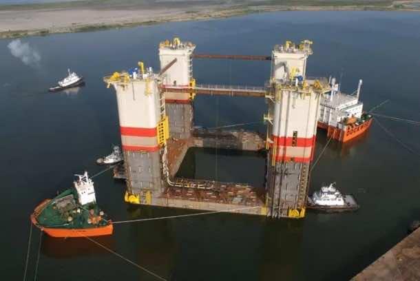 Heavy Lift ships18