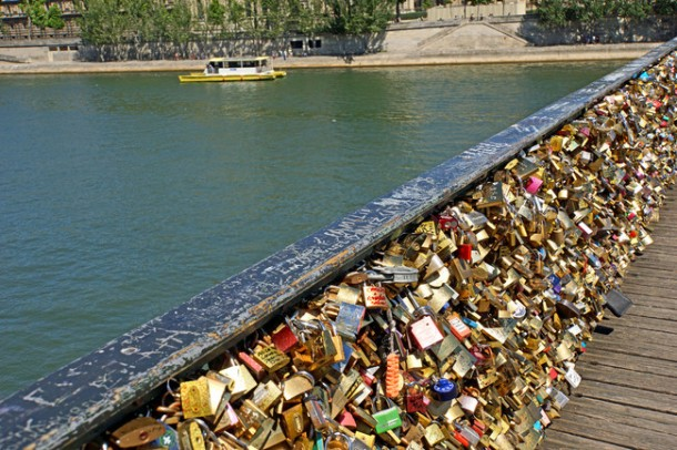 Lover Locks Pont des Arts bridge