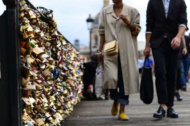 Lover Locks Pont des Arts bridge4