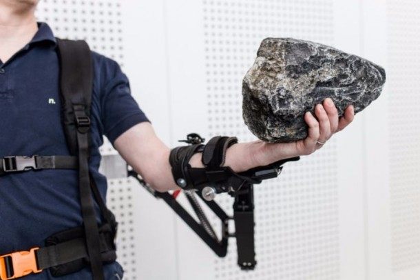 Robo-mate Exoskeleton Makes 10Kg Feel Like 1Kg 4