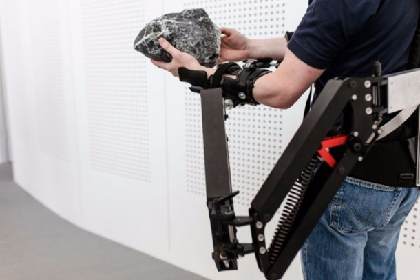 Robo-mate Exoskeleton Makes 10Kg Feel Like 1Kg 5