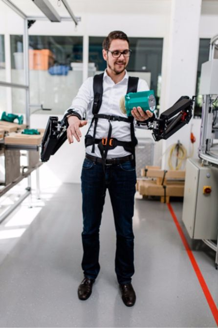 Robo-mate Exoskeleton Makes 10Kg Feel Like 1Kg 6