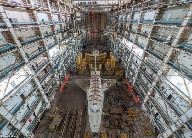 Russian abandoned shuttle hanger7