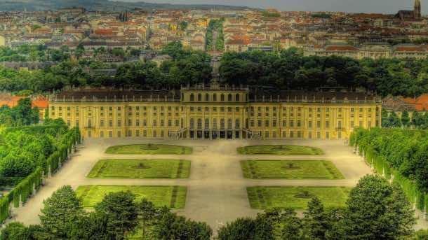 Majestic Schonbrunn Palace In Vienna Hdr HD Desktop Background